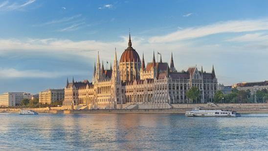 Budimpešta: 150din i 35€, noćenje sa doručkom i prevoz!