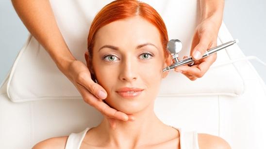 Kiseonik tretman lica sa masažom lica i dekoltea!