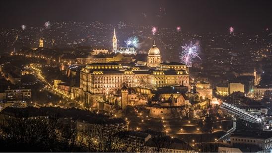 Budimpešta: Nova godina, 350din i 81€, za 2 noćenja sa doručkom i prevoz!