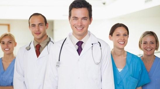 Pregled opšteg hirurga ili hirurga protokola!