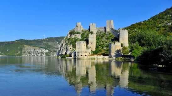 Golubac i Manastir Tumane: 160din i 1290 din, za izlet i prevoz