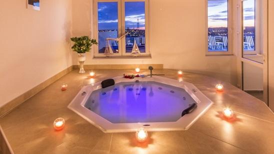 Privatno uživanje u đakuziju za dvoje u Miami spa & wellness!