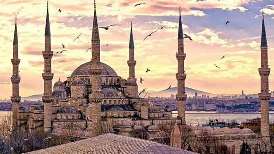 Istanbul: 500din i 75€, 2 noćenja sa doručkom i prevoz!