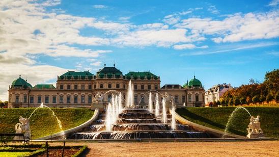 Beč: 490din i 65€, 1 noćenje sa doručkom i prevoz!