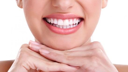 Uklanjanje kamenca ili popravka zuba!