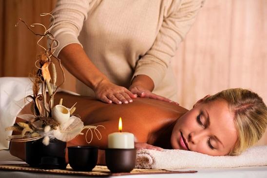 Relax masaža celog tela u salonu Nebulas M!