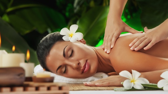 Aromaterapijska relax masaža u centru lepote Hren!