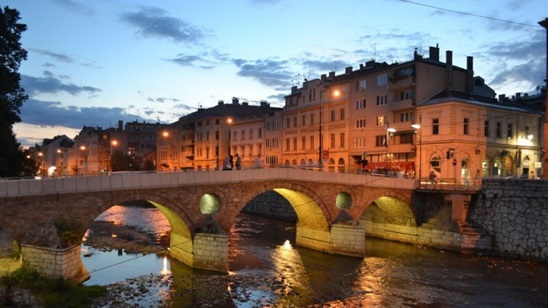 Sarajevo: 150din i 18€, jednodnevni izlet i prevoz!