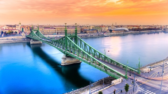Budimpešta: 590din i 65€, 2 noćenja sa doručkom i prevoz!