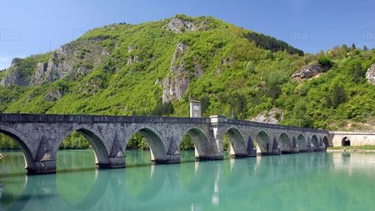 Višegrad: 140din i 15€, jednodnevni izlet i prevoz!