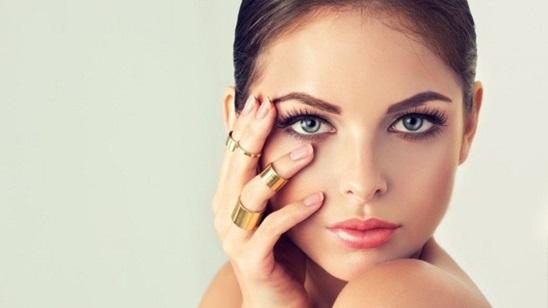 Klasičan tretman lica i ultrazvučno ubacivanje peptida i hijalurona!