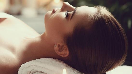 Antistres masaža tela, akupresura i piling stopala i hidromasažna detox kupka!