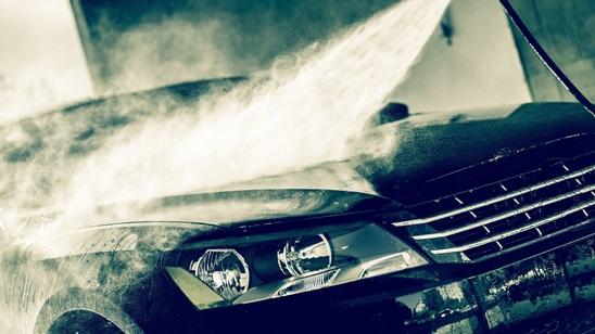 Kompletno pranje automobila spolja i unutra sa voskiranjem!