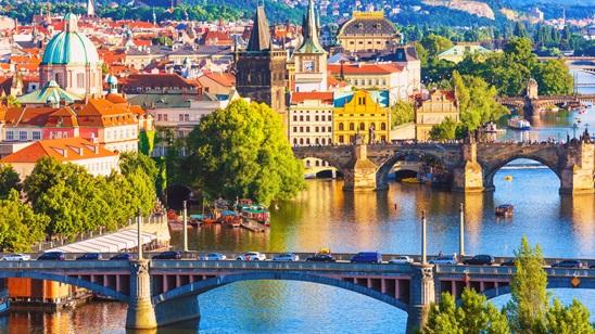 Prag: 320din i 79€, 3 noćenja sa doručkom i prevoz!