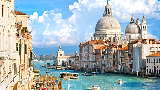 Venecija: 490din i 75€, za 2 noćenja sa doručkom i prevoz!